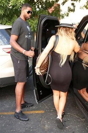 Kardashian yeni sevgilisi ile bakın nasıl yakalandı?