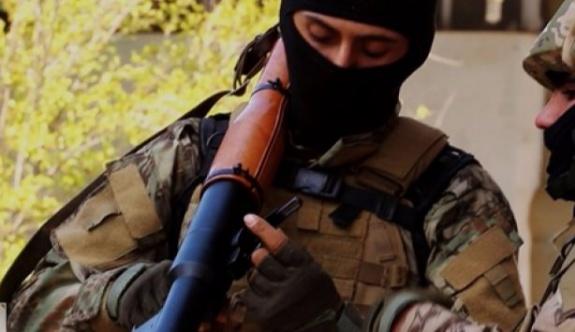 Havuz Medyasından El Kaide'nin canlı bombalarına övgü