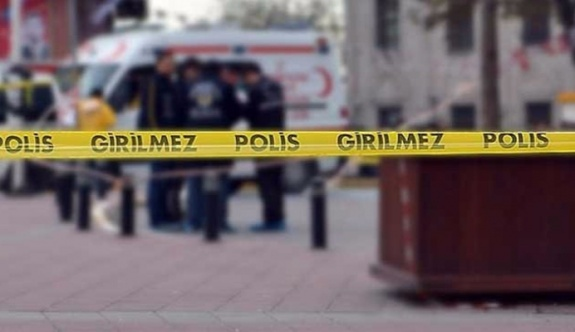 Diyarbakır'da Ufuk M. adlı polis evinde ölü bulundu.