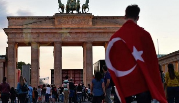 Türkiye'den Almanya'ya iltica başvurularında artış