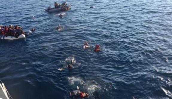 Ayvalık'ta tekne battı: 4'ü çocuk 5 kişi yaşamını yitirdi