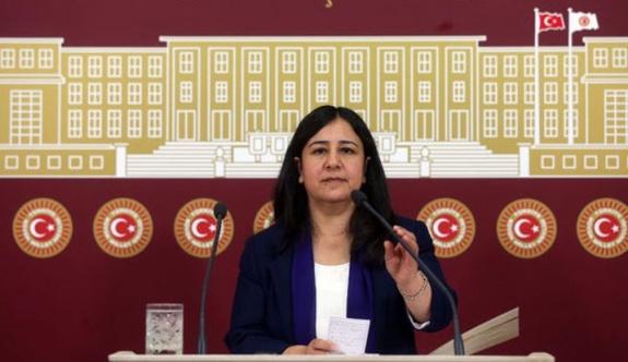 Gözaltındaki HDP'li vekiller nakledildi