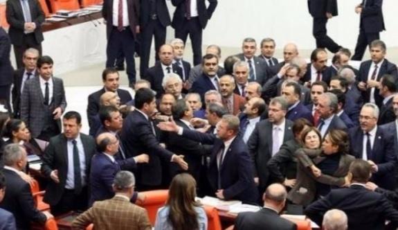 HDP ile AK Parti arasında kavga çıktı