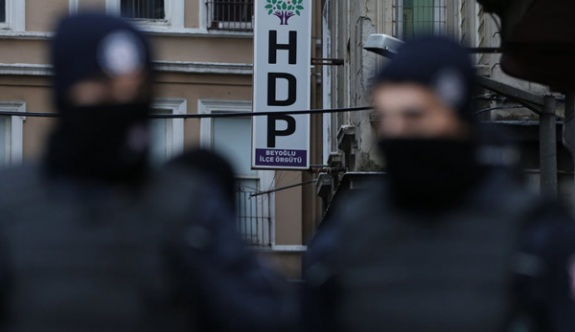 HDP'ye operasyon: Gözaltılar var