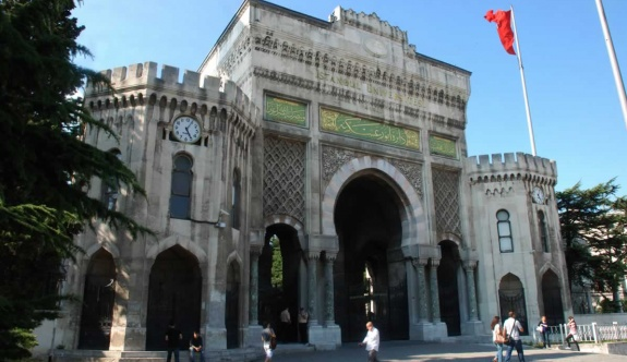 İstanbul Üniversitesinde cemaat operasyonu