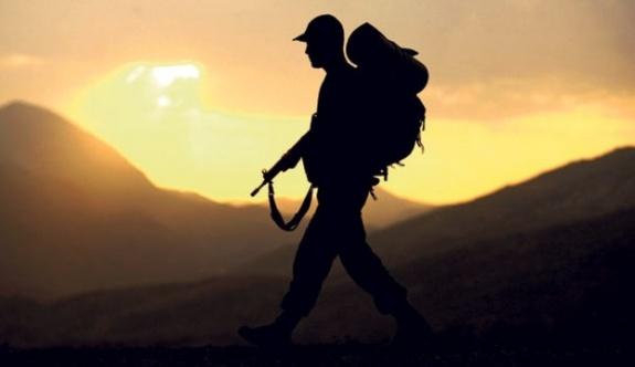 Şemdinli'de bir asker intihar etti
