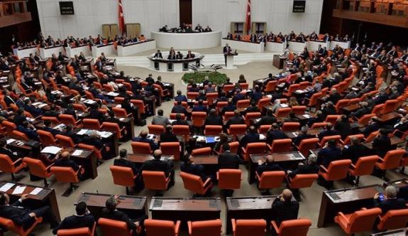 Anayasa'da ilk çatlak! MHP ile AKP birbirine düştü…