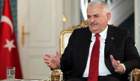 Başbakan: Cumhuriyet neslinin kullandığı bütün eserlerin altında o ulu hakan Abdülhamid'in imzası var