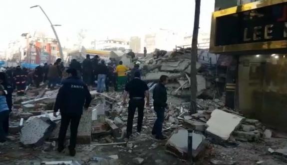 Bina çöktü:  Bir çocuk öldü