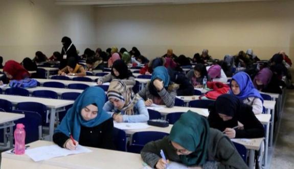 Denizli Pamukkale Üniversitesinde, harem-selamlık Osmanlıca yarışması!