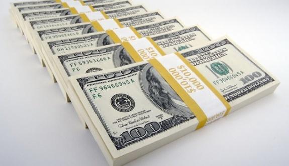 Dolar 3,77'yi, Euro da 4'ü aştı!
