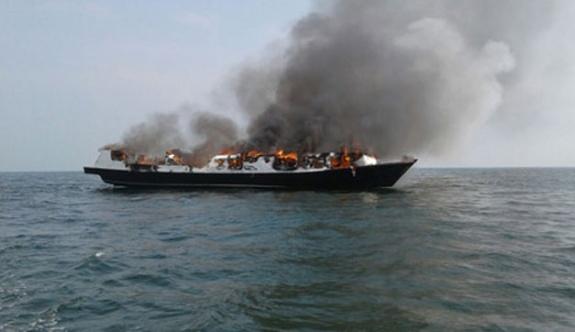 Endonezya'da tekne faciası