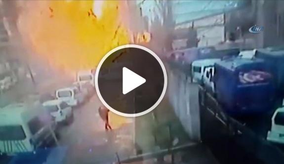 İzmir'deki patlama anı kamerada