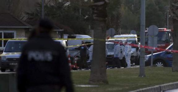 İzmir saldırısına ilişkin 2 kişi gözaltına alındı
