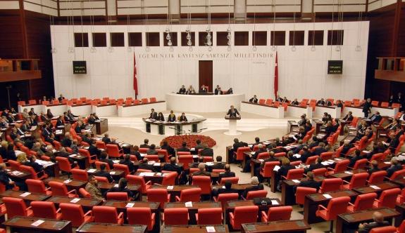 Meclis'te olmayan AKP'li vekiller yerine oy kullanıldı!