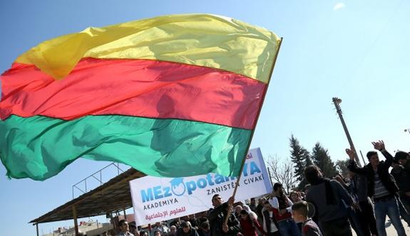 PYD, kendi Suriye anayasası taslak metnini hazırladı