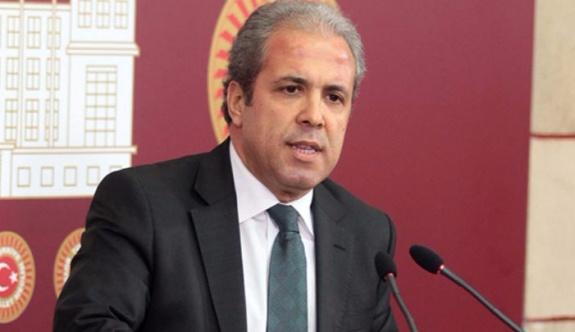 """Şamil Tayyar, CHP'lilere """"ayyaşlar ve itler"""" dediği mesajını sildi"""