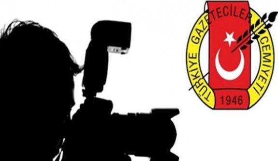 """Türkiye'nin """"çalışamayan"""" gazetecileri: 145 gazeteci tutuklu"""