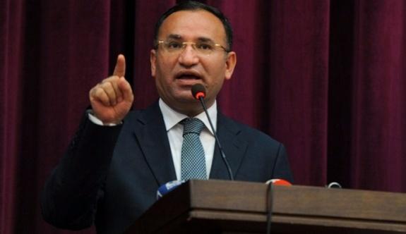 Adalet Bakanı Bozdağ; Evet diyenler linç ediliyor!