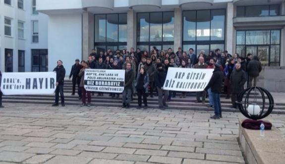 Binali Yıldırım ODTÜ'de protesto edildi