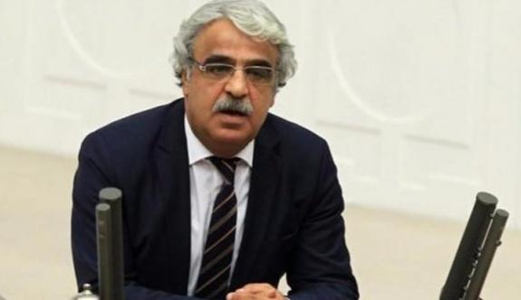 HDP'li Sancar, Yüksekdağ'ın milletvekilliğini düşürülmesini eleştirdi.