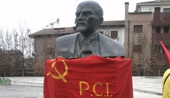 İtalya'da 'Lenin'i istiyoruz' kampanyası