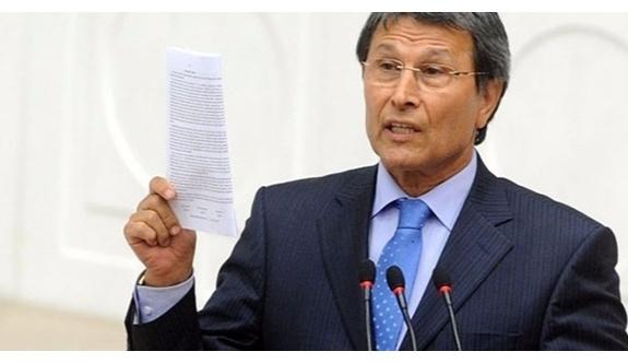 """MHP'li Halaçoğlu; """"Savaş var"""" deyip referandumu iptal edebilirler!"""