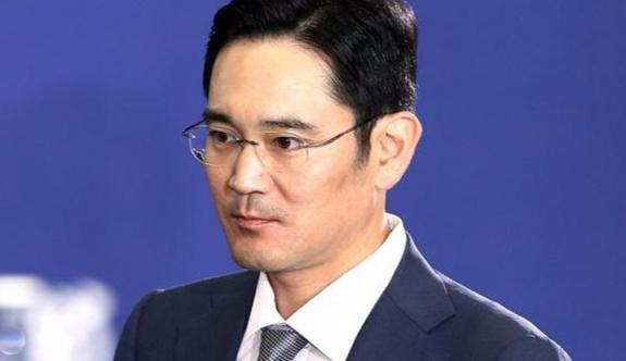 Samsung'un veliahtı Lee Jae-yong tutuklandı.