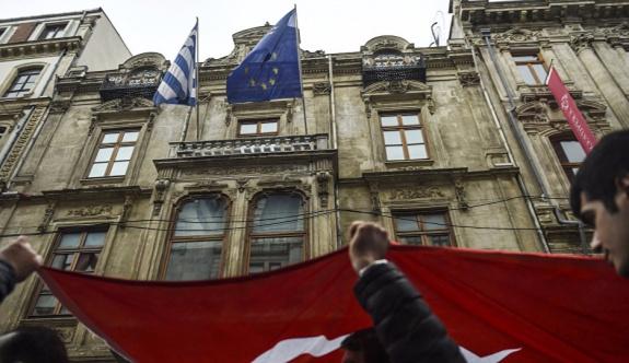 Yunanistan Başkonsolosluğu'ndan İstanbul uyarısı!