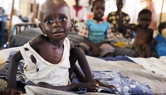 2 günde 110 kişi açlıktan yaşamını yitirdi!