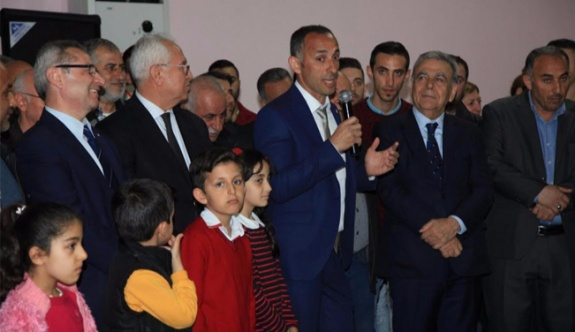 300 AKP'li 'hayır' demek için CHP'ye geçti