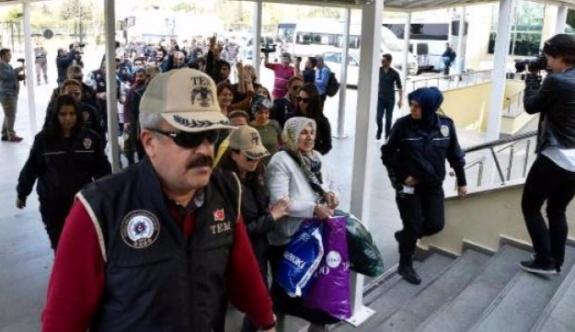 Gözaltı ve tutuklama operasyonları sürüyor
