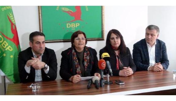 Kürtlerden ortak açıklama: Barzani'ye Şengal'den çekilmeli