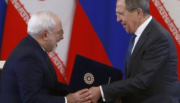 Rusya ve İran, turist grupları için vizeleri kaldırdı!