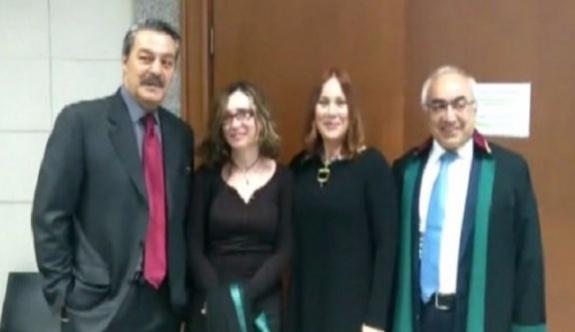 Sanatçı Jülide Kural Özgür Gündem davasında hapis cezasına çarptırıldı!