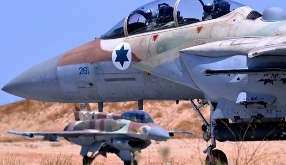 Suriye bir İsrail savaş uçağının vurularak düşürüldüğünü belirtildi.