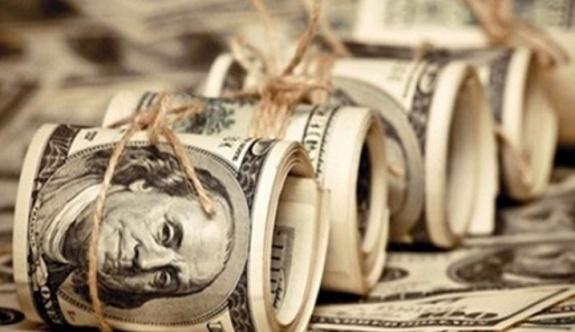 Altın zirve yaptı, dolar yükselişte