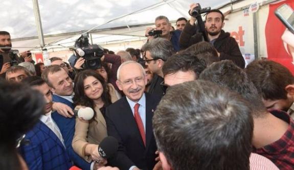 CHP Lideri Kılıçdaroğlu 'Evet' çadırında