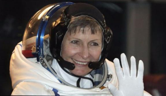 Peggy Whitson uzayda yürüyüş rekoru kırdı