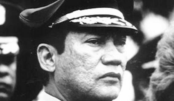 Devrik lider Manuel Noriega hayatını kaybetti.