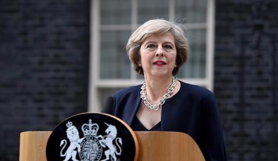 İngiltere Başbakanı May'den patlama sonrası açıklama