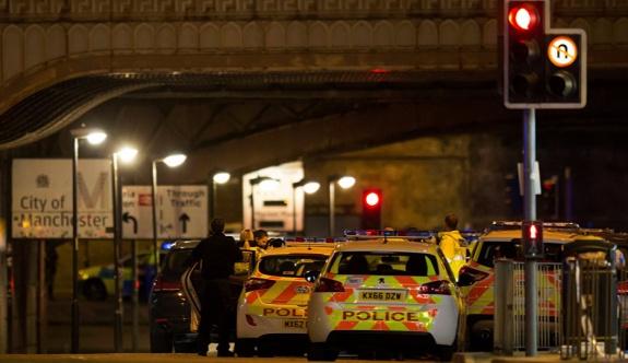 SON DAKİKA: İngiltere'de konserde patlama: 19 ölü, 59 yaralı