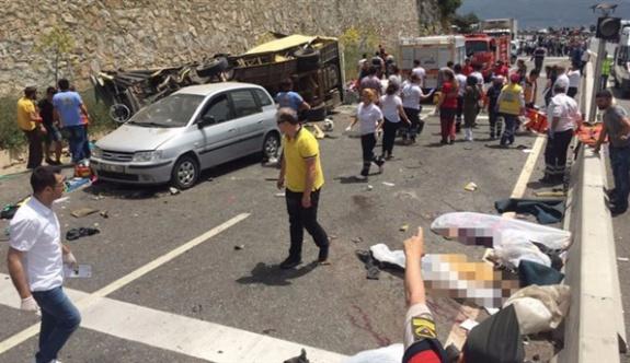 Marmaris'te meydana gelen korkunç kazada ölü sayısı arttı; 20 ölü 11 yaralı