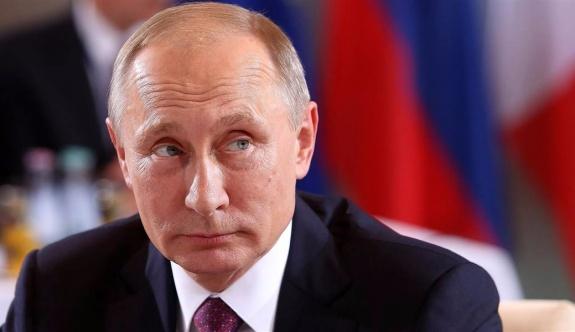 Putin, Türk vatandaşlarının vizesiz seyahatini genişleten düzenlemeyi onayladı