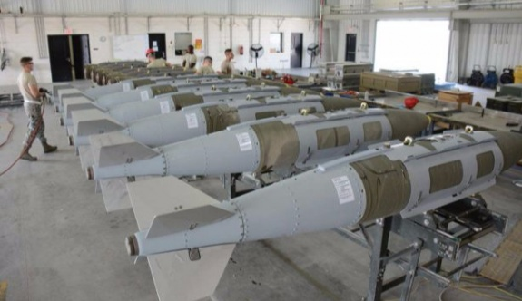 ABD IŞİD'e karşı aylarca yanlış bombaları kullanmış