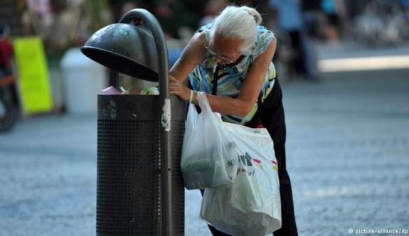 Almanya'da emekliler yoksullaşacak