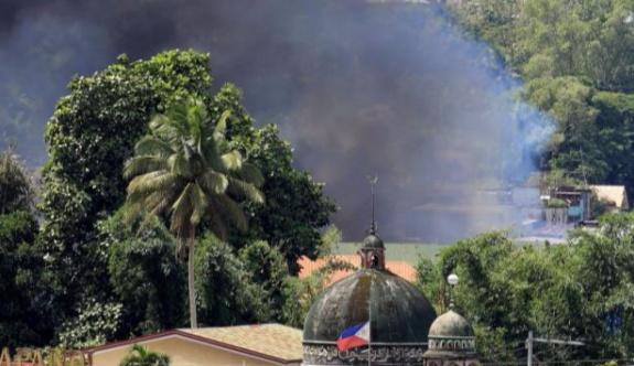 Filipinler ordusu, IŞİD'in bıraktığı 1.6 milyon dolar değerindeki parayı ele geçirdi