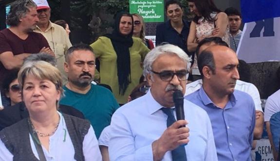 HDP'li Mithat Sancar: Adalet için yürüyen doğru yapıyor