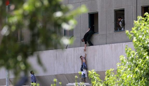 İran: DAİŞ'e karşı en büyük hava harekatını başlatıyoruz