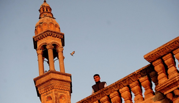 Mardin'de Süryanilere ait varlıklar Diyanet'e devredildi